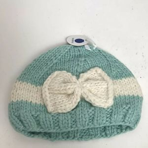 Blueberry Hill Knit Beanie With Bow New